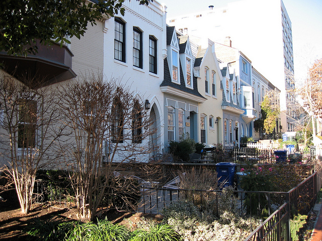Townhouses in Washington, D.C. Image via flickr/PaulSh.