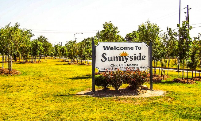 Sign that reads Welcome to Sunnyside