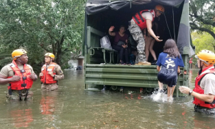 Flood rescue with Texas National Guard