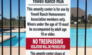 HOA sign on pool