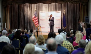 Ben Carson speaking to audience